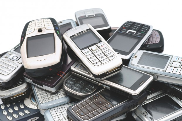 Pile Of Cell Phones : Project introduction — what s in my stuff